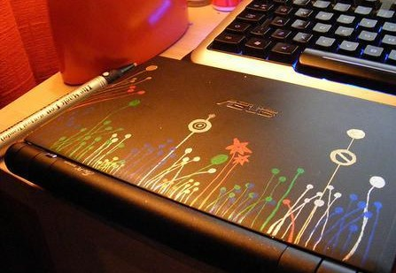 How to Decorate Your Laptop